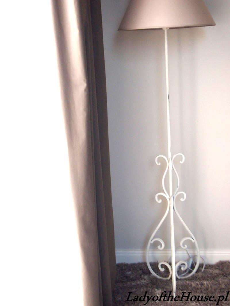 lampa sypialniana