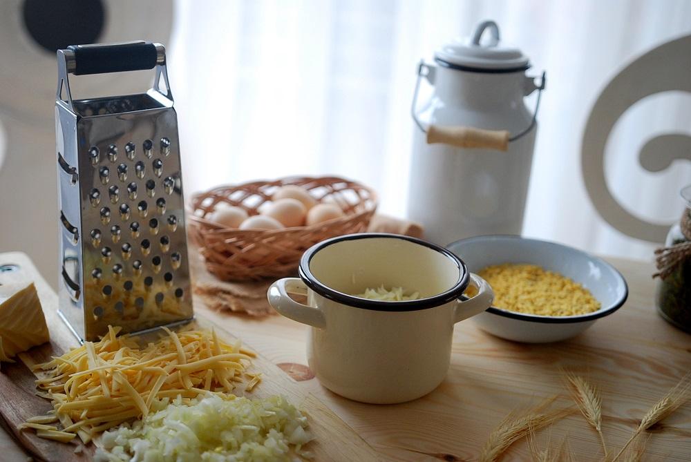 przepis-na-salatke-warstwowa