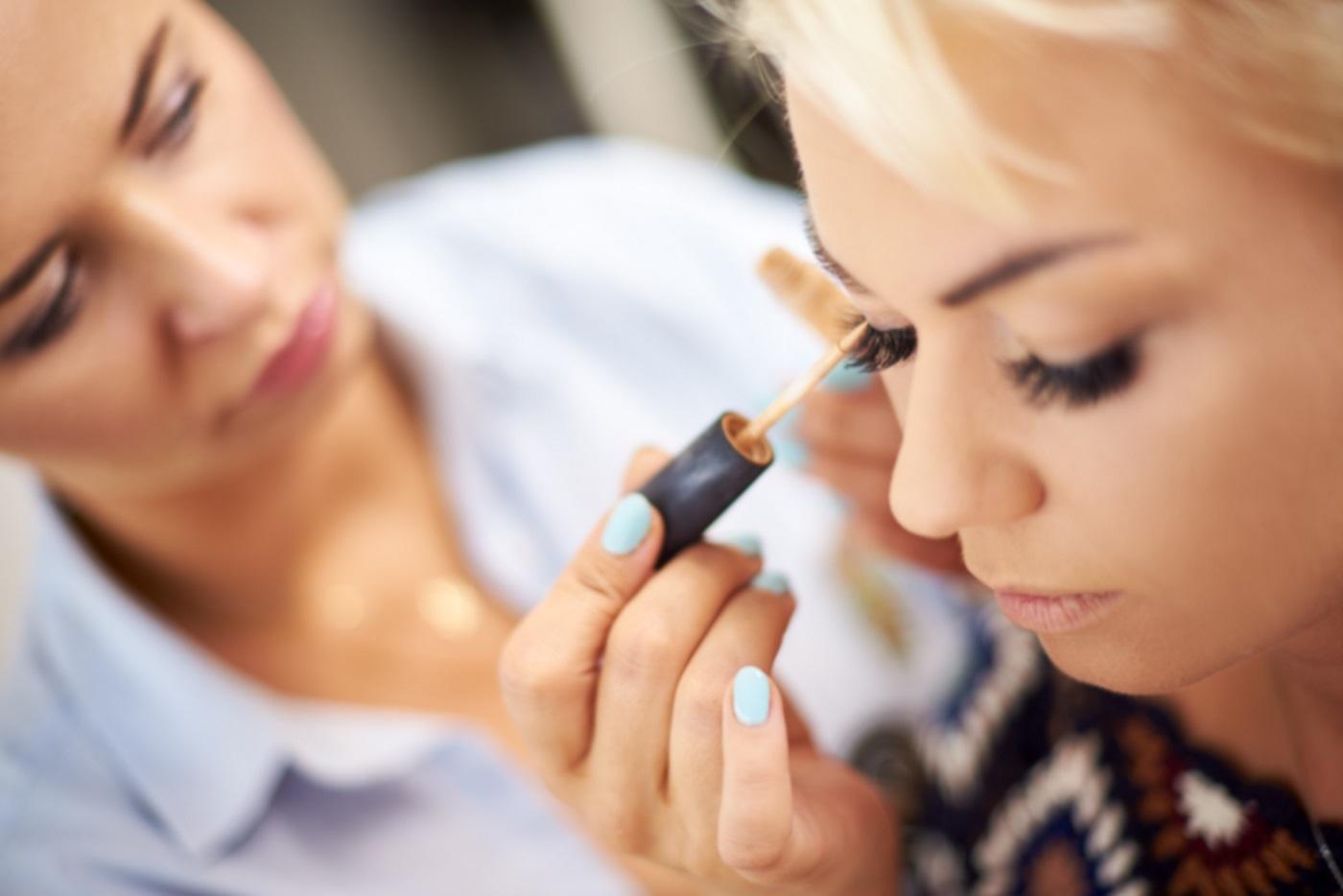 jak-utrzymac-makeup