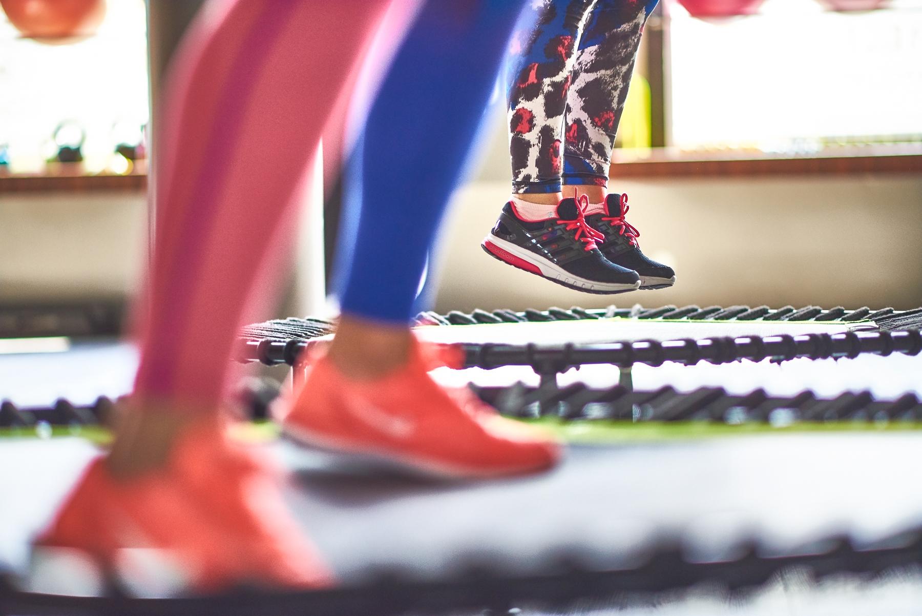 Ćwiczenia odchudzające na trampolinie » sunela.eu